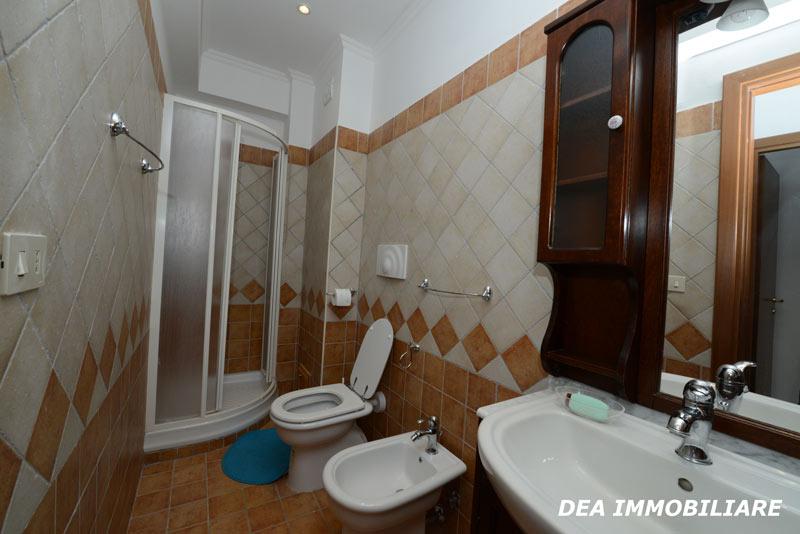 appartamento trilocale residence altair gran sasso bagno