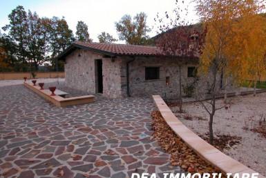 San-Potito-Casale-in-vendita