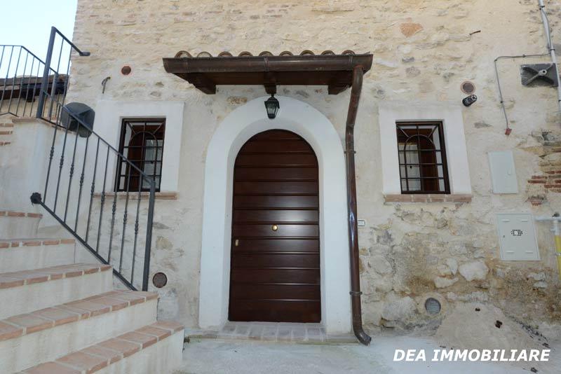 Santa-Iona-casa-indipendente-ristrutturata-in-vendita-esterno