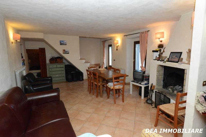 Ovindoli-centro-storico-casa-soggiorno
