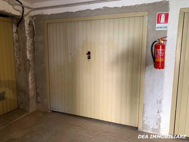 Box-auto-appartamento-piano-terra-via-del-Ceraso