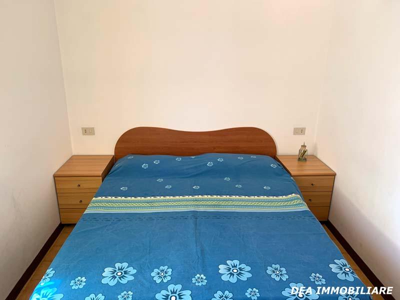 Camera-matrimoniale-appartamento-piano-terra-via-del-Ceraso