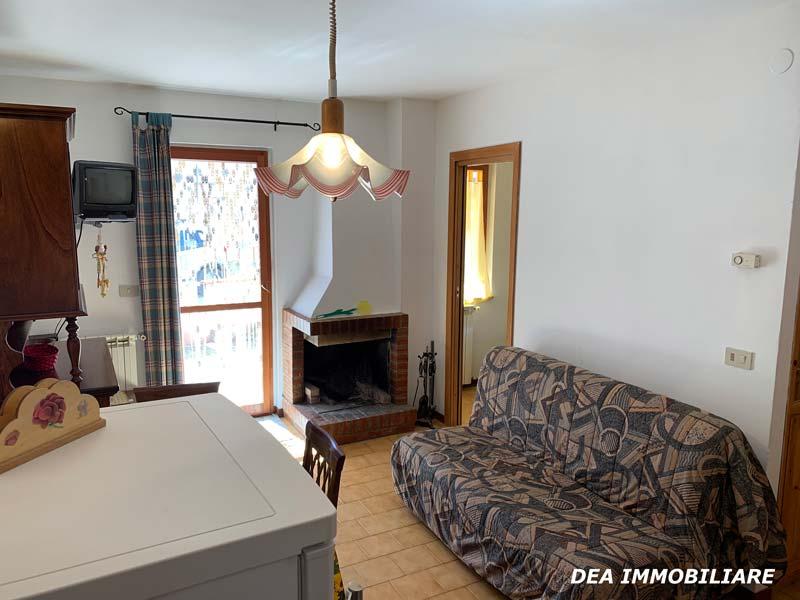 Camino-appartamento-piano-terra-via-del-Ceraso