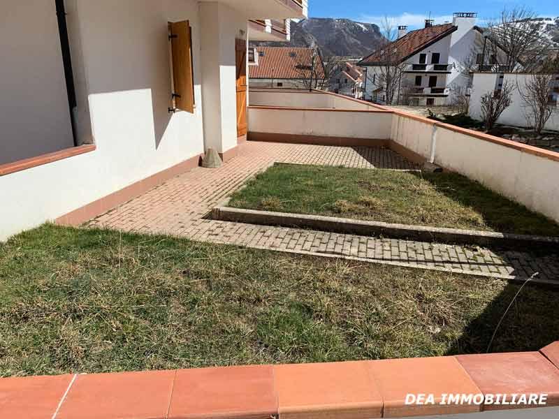 Giardino-appartamento-piano-terra-via-del-Ceraso