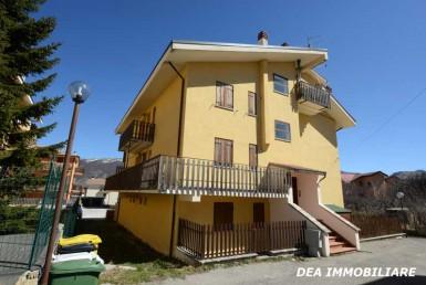 Esterno-palazzina-appartamento-via-Moretti