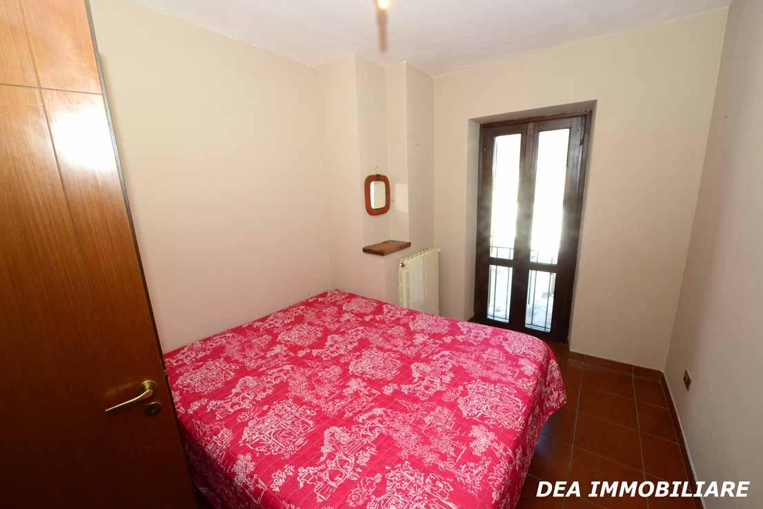 Seconda-camera-da-letto-del-villino-a-schiera-di-via-sirente-Ovindoli