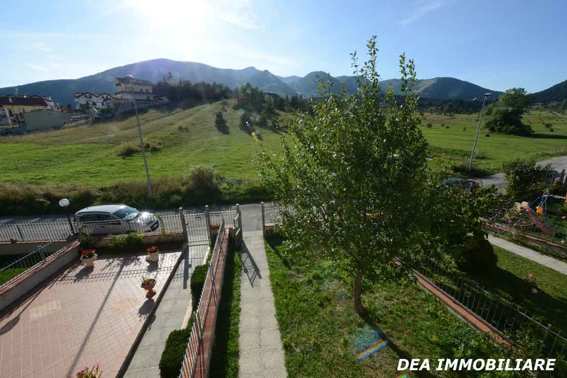 panorama del villino a schiera in via sirente ad Ovindoli