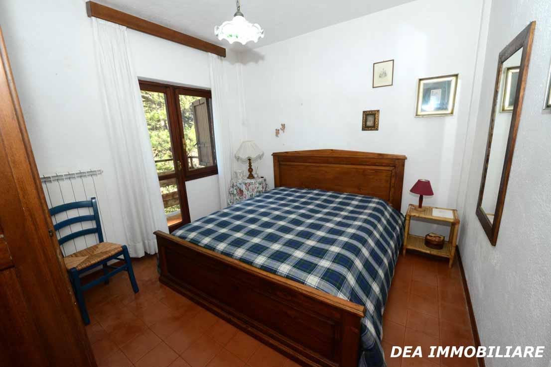 Camera-matrimoniale-appartamento-primo-piano-residence-il-roccione-ovindoli