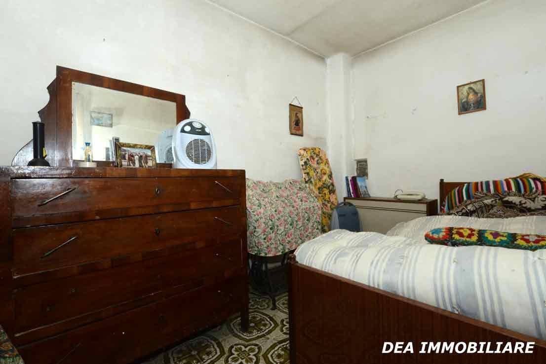 casa-indipendente-via-moretti-camera-matrimoniale