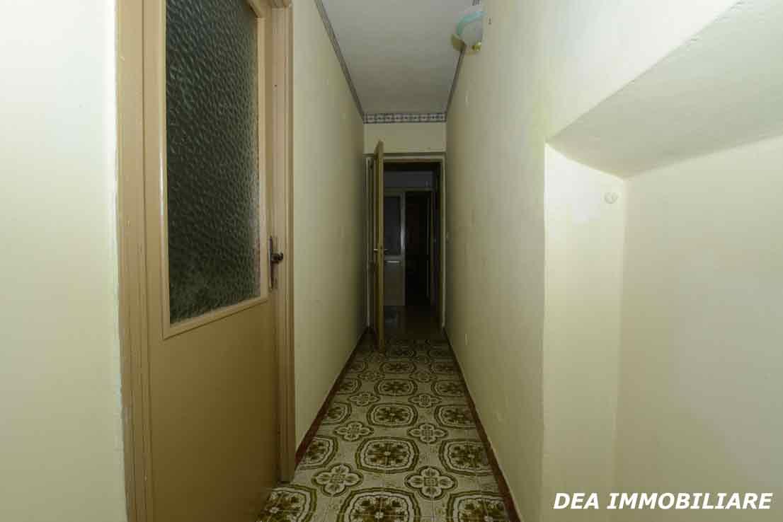 casa-indipendente-via-moretti-corridoio
