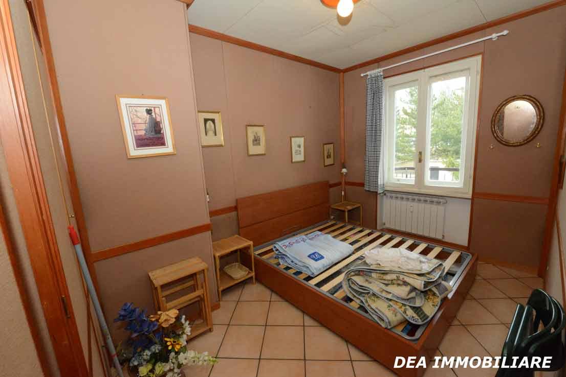 residence-velino-appartamento-camera-matrimoniale