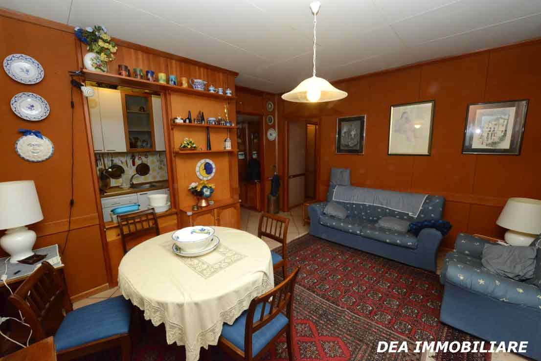 residence-velino-appartamento-soggiorno