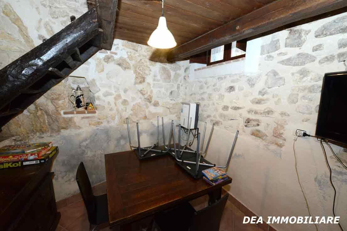 santa-iona-casa-indipendente-soggiorno-pranzo-2