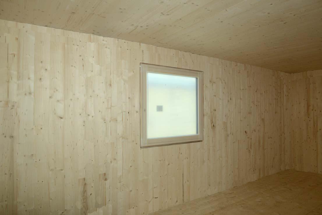 via-faelli-casa-legno-xlam-camera-primo-piano