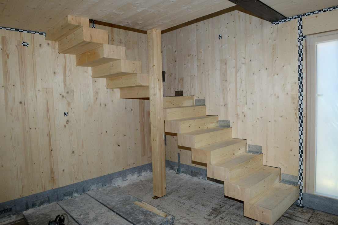 via-faelli-casa-legno-xlam-scala-in-legno-lamellare