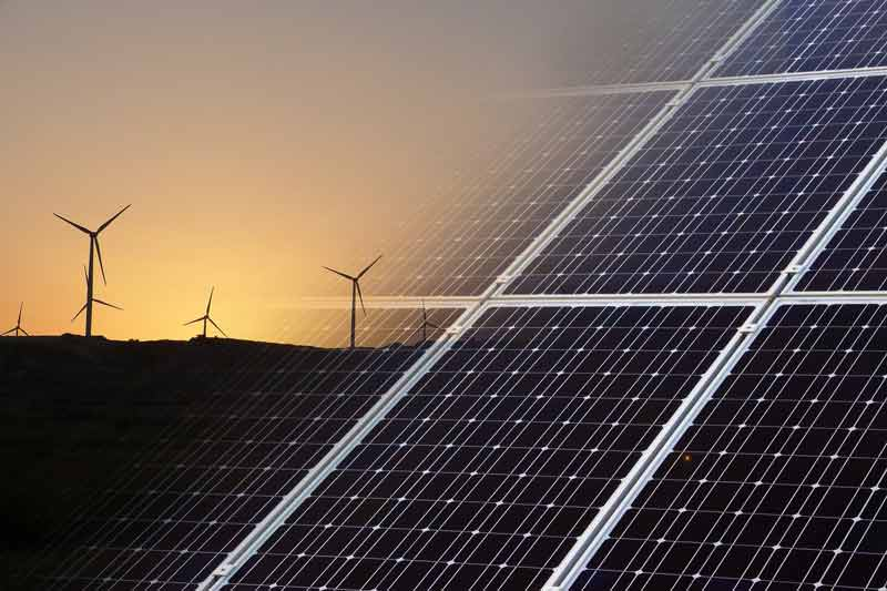 Pannelli-fotovoltaico-eolico